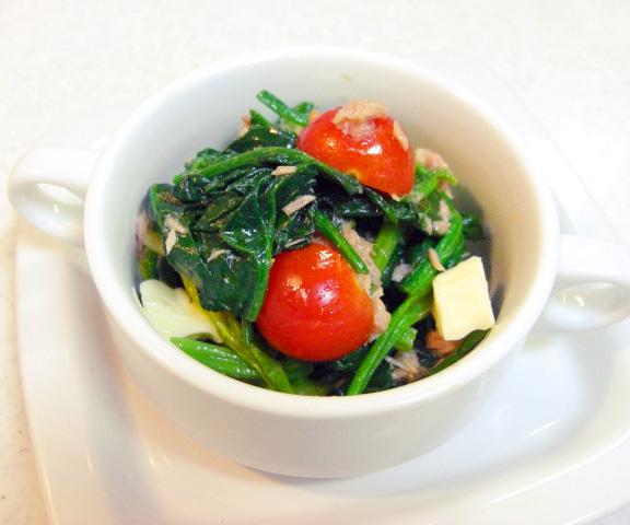 エッセンシア酵素ドリンクレシピ-ほうれん草とトマトのイタリアン和え